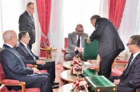 تقرير الحسيمة بين يدي محمد السادس..إقالة وزراء وتعديل حكومي وشيك