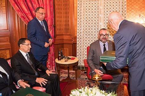 زلزال قادم.. منع وزير سابق وكاتبة دولة من مغادرة المغرب ومراقبة الحسابات البنكية لعدد من المسؤولين