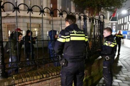 حراك الريف ..نشطاء يقتحمون سفارة المملكة بهولندا