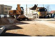 """العضو التجمعي بمجلس بلدية ازغنغان """" علي النعناع """" وكارثة ترخيص عمارة سكنية بأربعة طوابق جانب الواد"""
