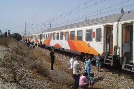 مسافرون عالقون بين برشيد وسطات بسبب قطارات لخليع
